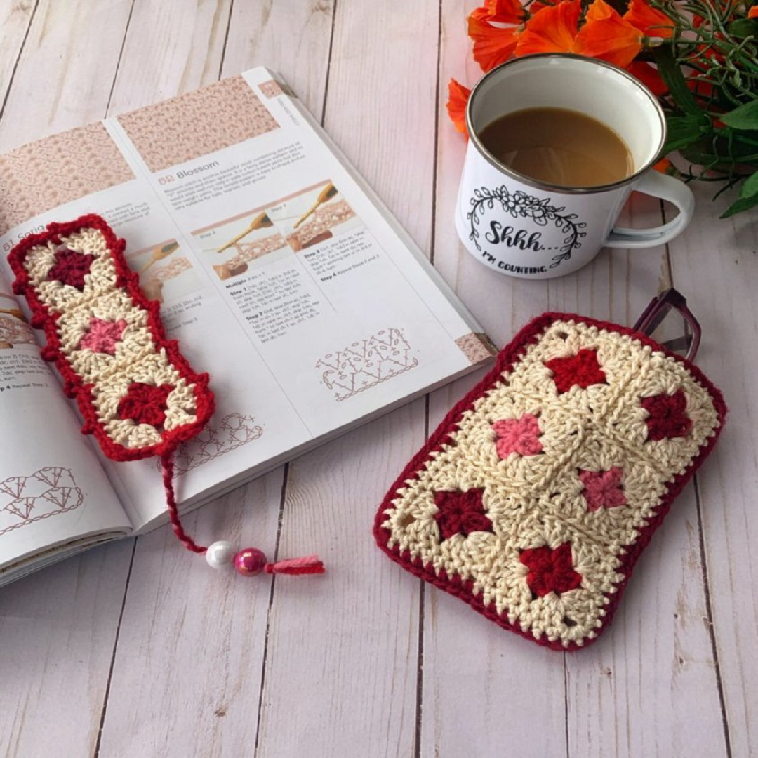 Granny Squares Bookmark and Glasses Case
